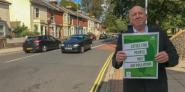 Keith Taylor MEP marking World Car Free Day in Portsmouth